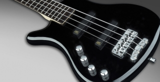 Warwick RB Corvette Basic 4 ML Black HP CHROME
